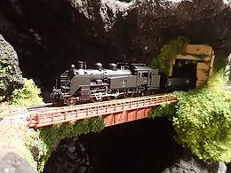 テーブル山水(鉄道模型)2.jpg