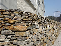 石積み擁壁.jpg