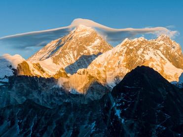 Эверест вырос почти на 1 метр