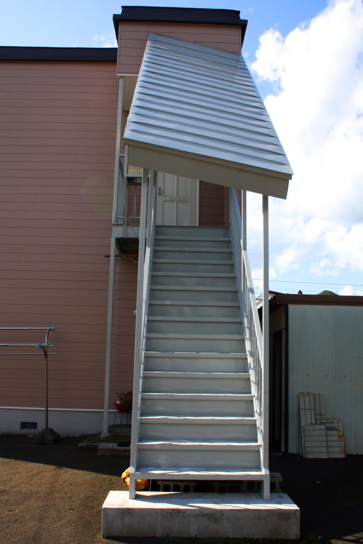 塗装|札幌|鉄骨階段|ジャパンウェーブインダストリー|
