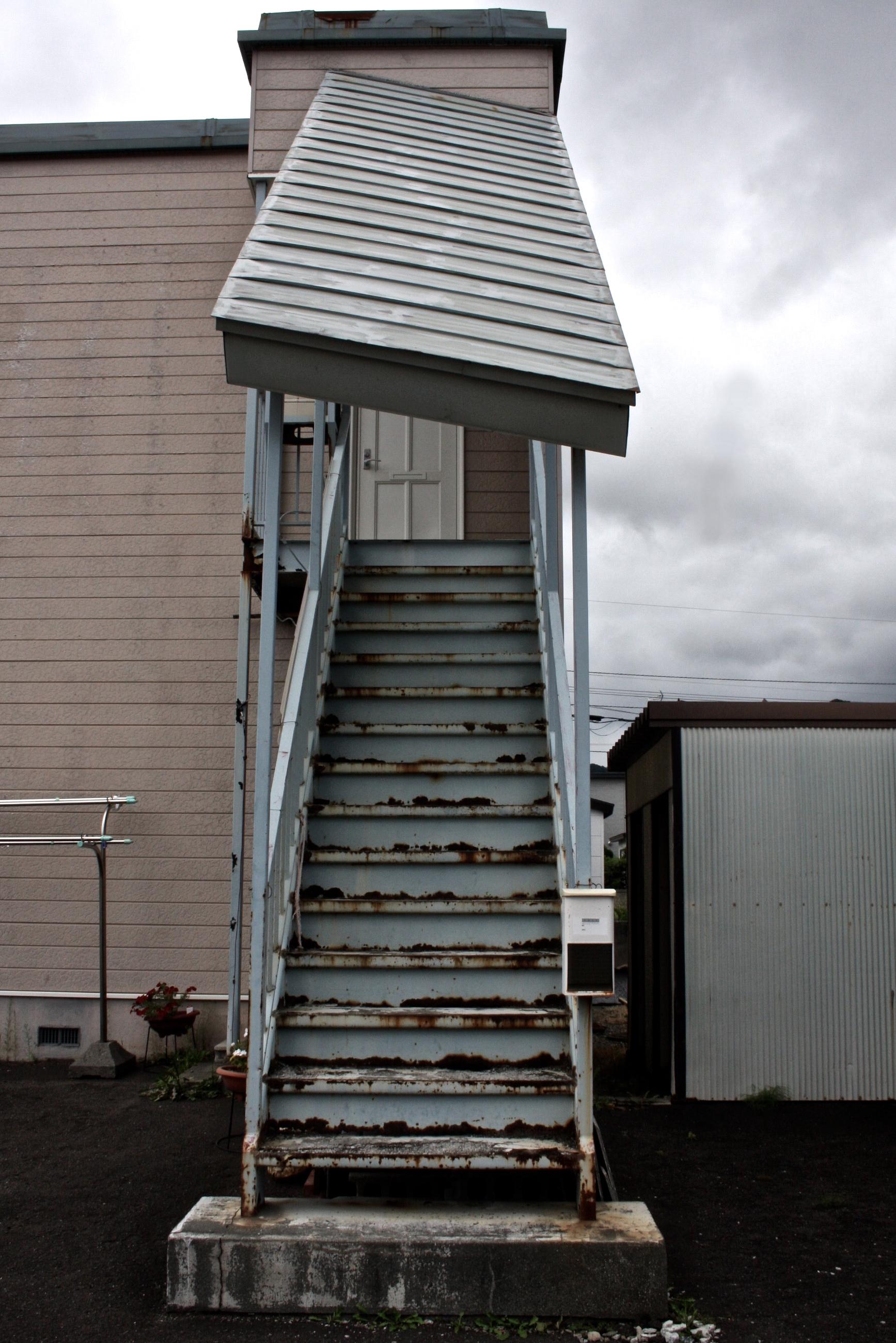 塗装|札幌市|鉄骨階段|施工前|