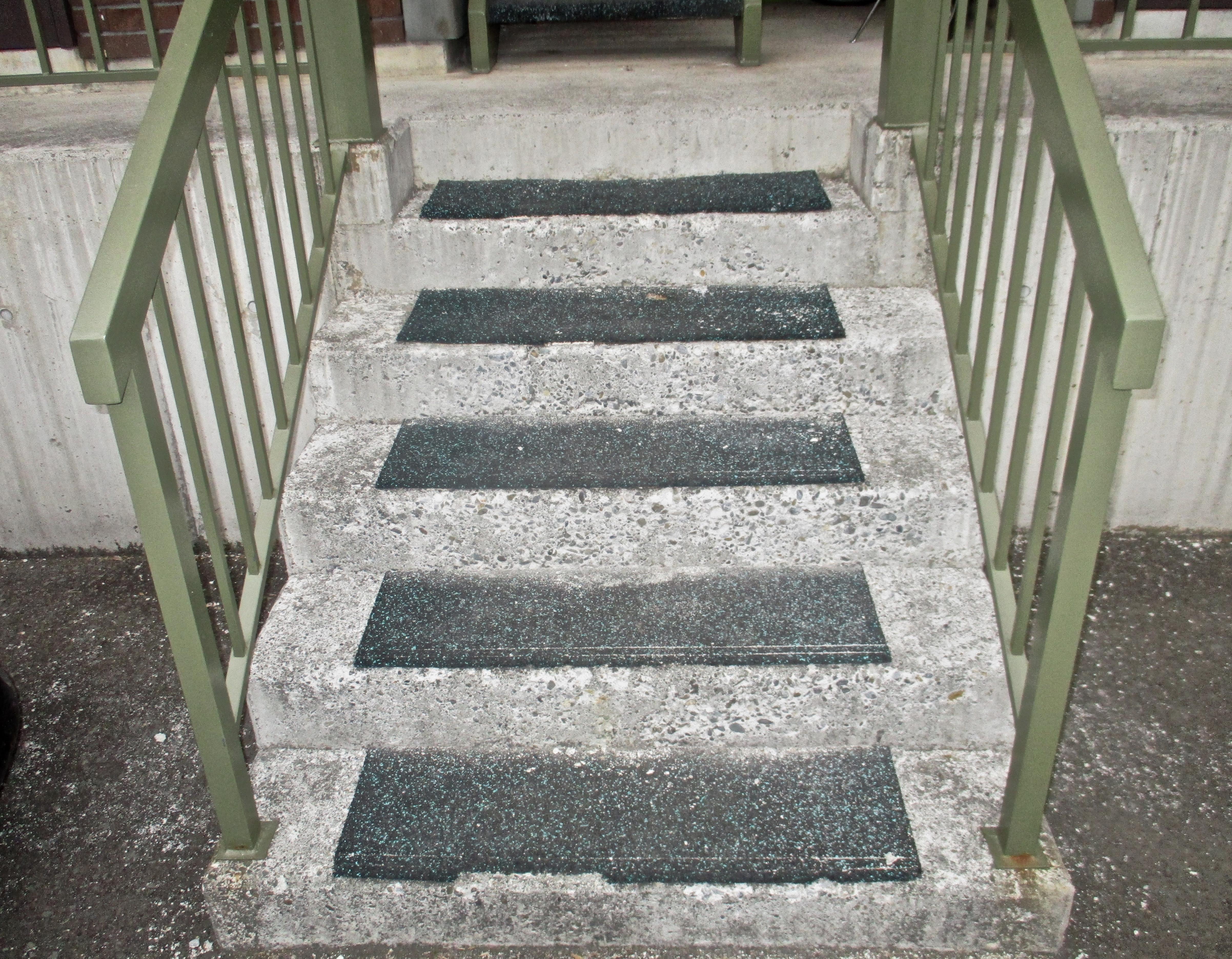 札幌市|リフォーム|鉄骨階段|塗装|