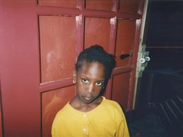 Françoise_Geier_Regard d'enfant noir en jaune