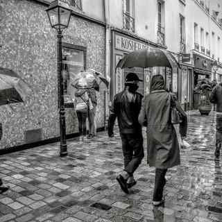 025_HC_Lucie-Elisabeth-FLUORIT_pluie rue