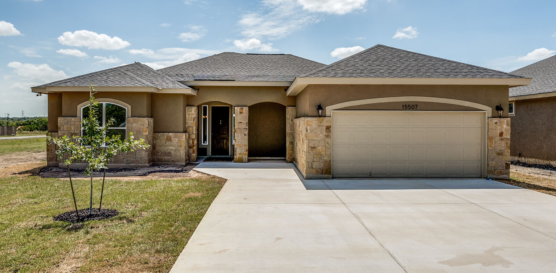 everview-homes-_0057_SEMI-CUSTOM-2374-RA