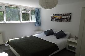 HKI2072_Bedroom1.png