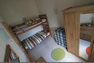 HKI2033-Bedroom.png