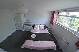 HKI2072_Bedroom2.png