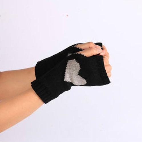 Heart to heart - fingerless gloves