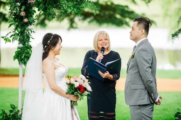 Officiant-robertson-lynda-leith-new-sout