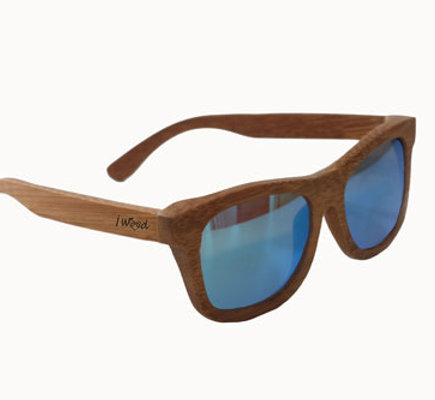 Occhiali da sole in legno modello Wave