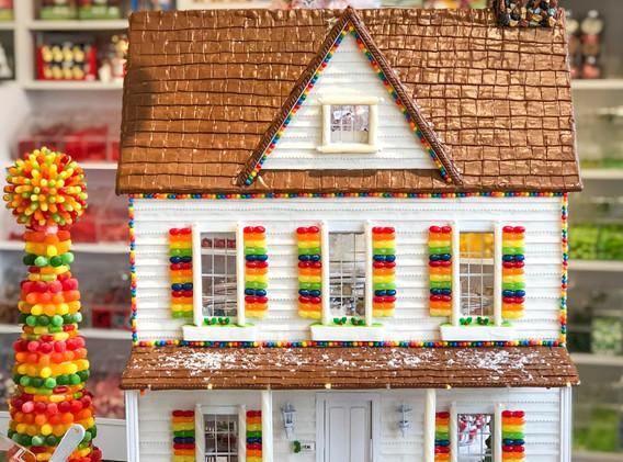 Candy Mache Dollhouse