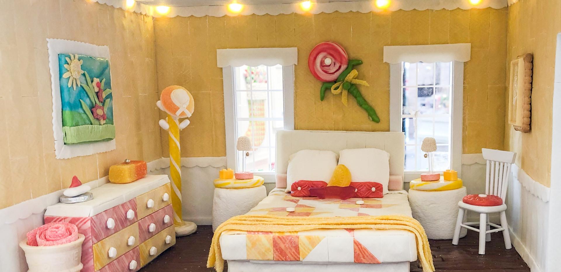 Master Bedroom, Gum Quilt, Tootsie Roll Art on Wall