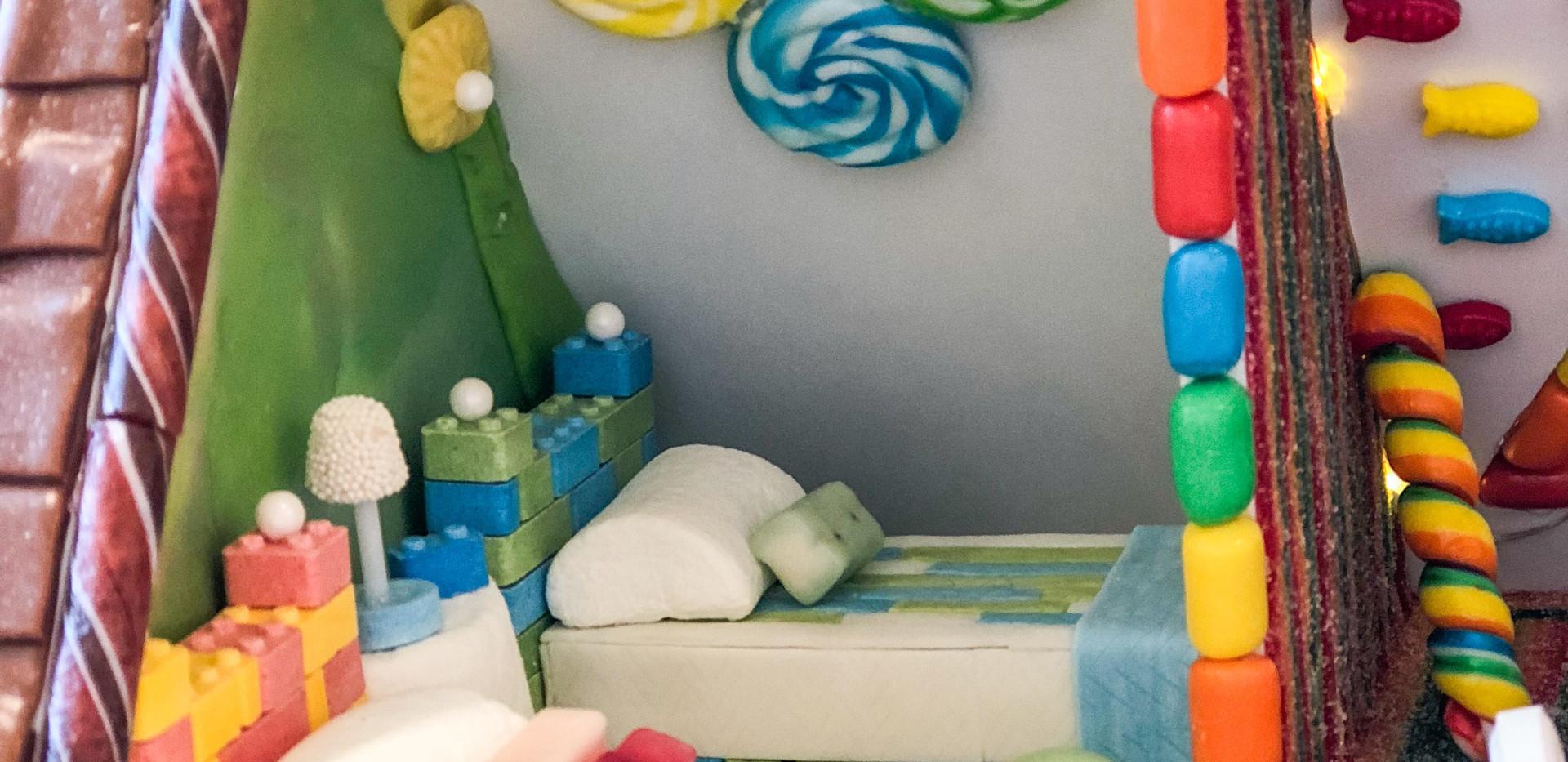 Lollipop Art & Tootsie Roll Wallpaper