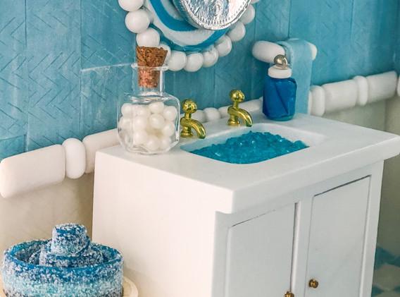 Dragee Cotton Balls, Gum Hand Towel, Sour Belt Spa Towels