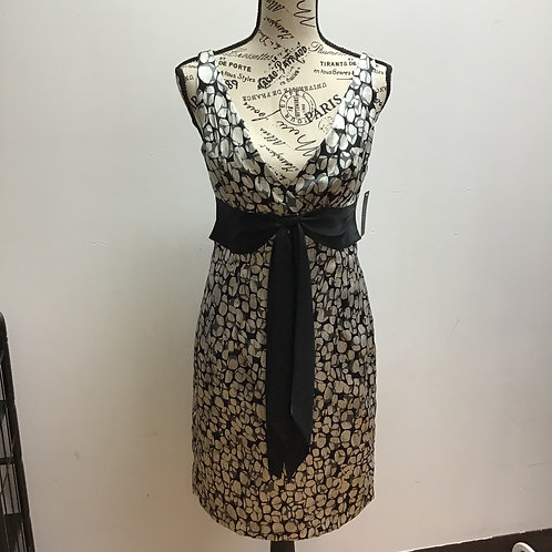 NWT GNW patterned dress