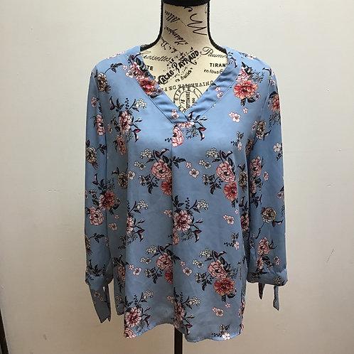 Rue 21 blue floral top