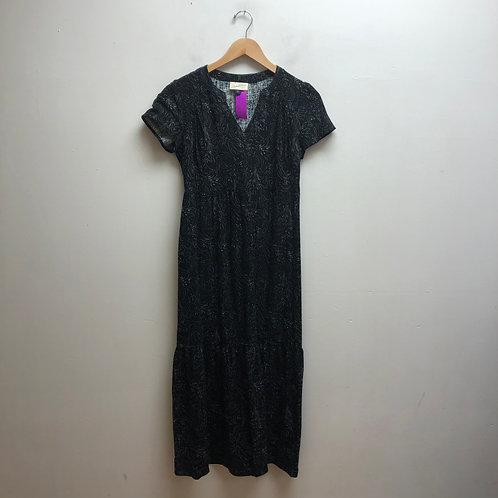 Universal thread black & white dress