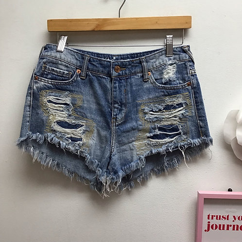 SOLD-Mossimo distressed embroidered shorts