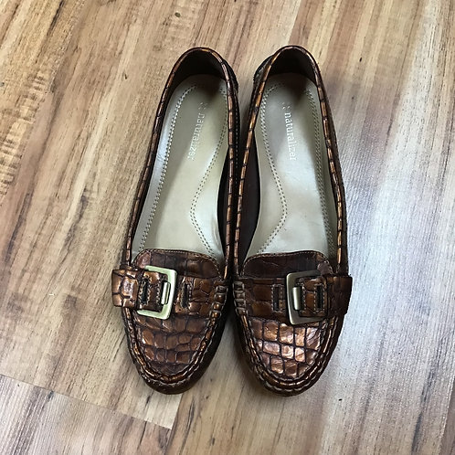 Naturalizer brown shoes with buckle