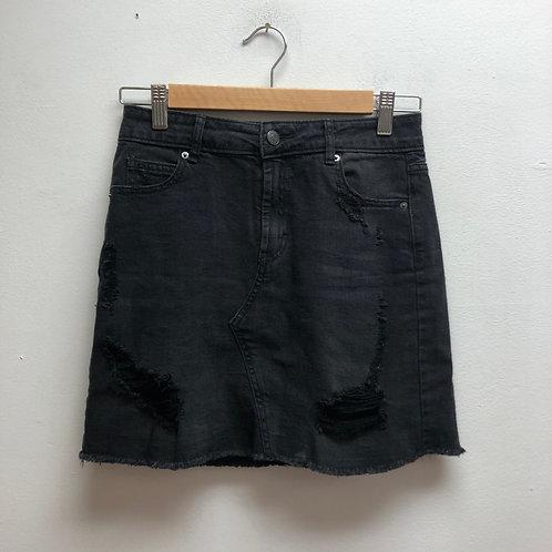 SOLD- Wild fable black skirt