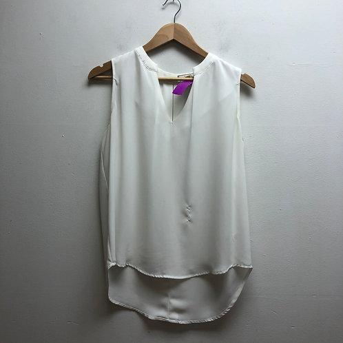 Pleione white top