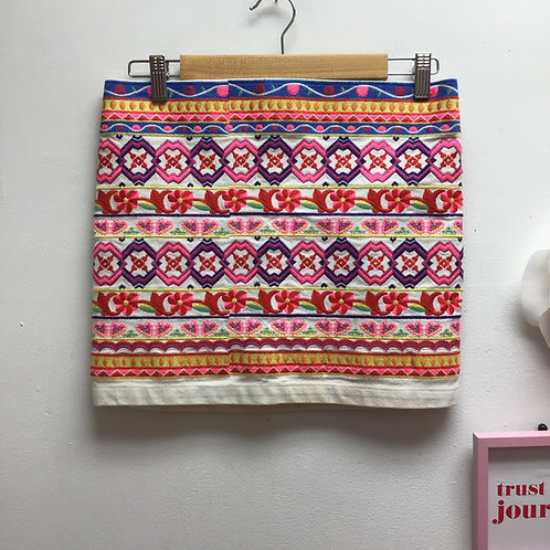 Bluetique colorful emrbroidery skirt