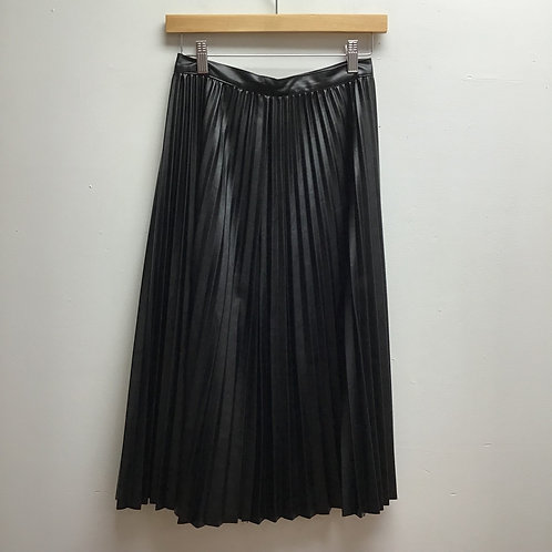 Cherish black vinyl pleated skirt