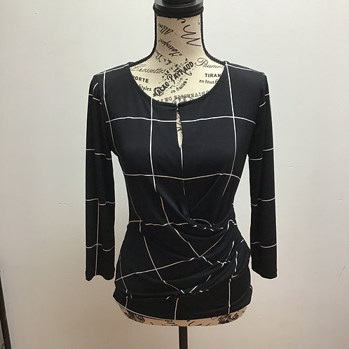 New York & company black & white patterned top