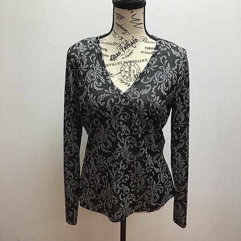 Karen kane gray & black patterned top