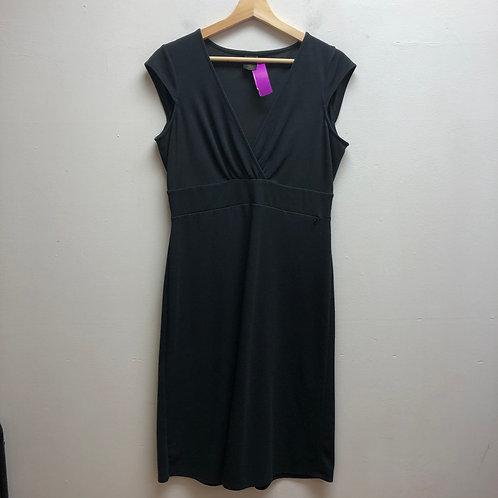 Rei black dress