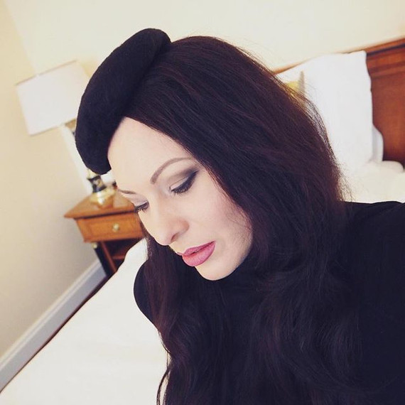 Black Button Beret