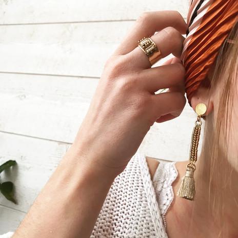 boucles pendantes perlées