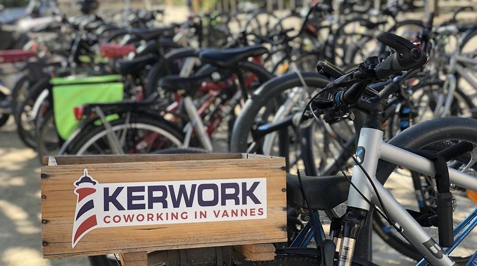 moto-velo-kerwork-coworking-vannes.jpg