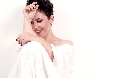 Ana Lains (c) Promo.png