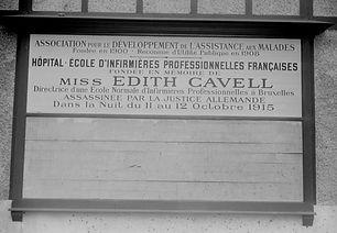 plaque cavell.jpg