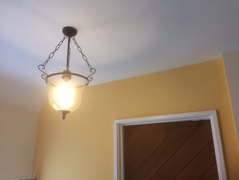 Replacement light fitting - ceiling.JPG