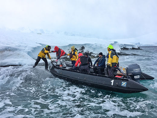 zodiac, small boat, training, zodiac driving, zodiac driver, polar guide training, polar bear, zodiac, risk management, situational awareness