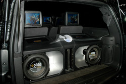 ICON CRITICAL MASS UL12 AND AMPLIFIERS SHOWCAR3 AT CES