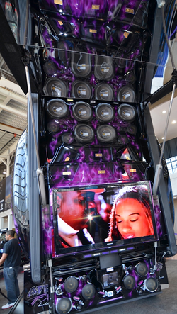 Critical MASS audio Truck UL12 Amplifiers Components trunk javitz