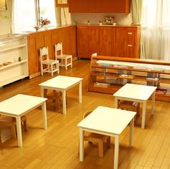 1・1歳児保育室.JPG