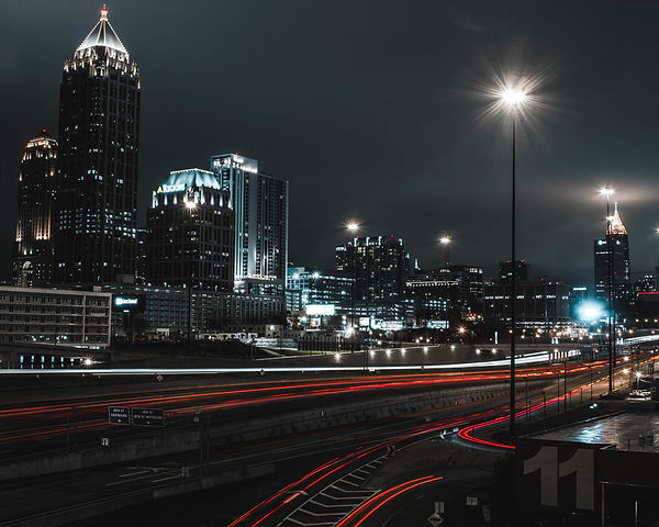 Atlanta skyline at night long exposure_edited.jpg
