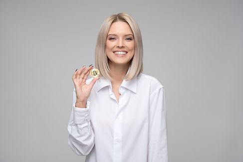 adult-bitcoin-blockchain-1037915.jpg