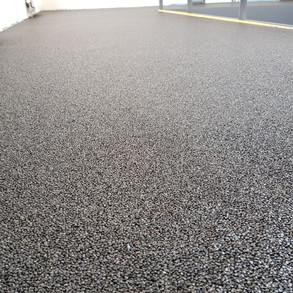 Steinteppich Nahaufnahme schwarz.jpg