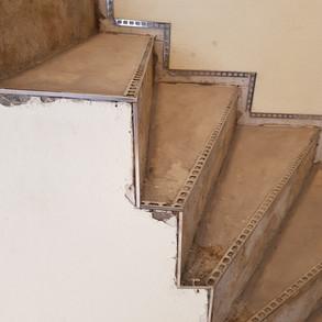 Vorarbeiten Treppe geschliffen  und Prof