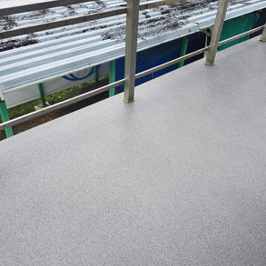 Balkon Einstreubelag PMMA.jpg