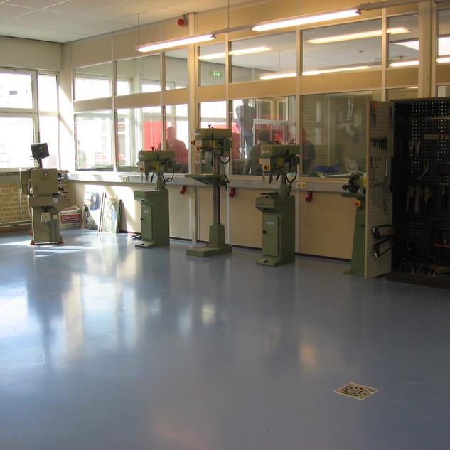 Epoxidharzbeschichtung Werkstatt.jpg
