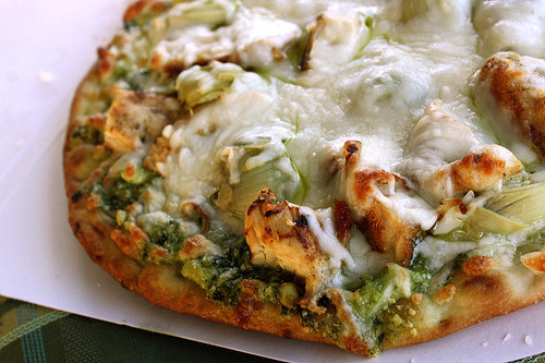 chicken_pesto_pizza_1.jpg