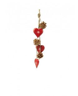 Guirlande coeurs rouges et pommes de pin
