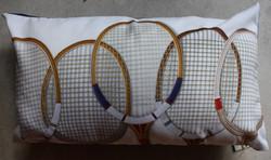 coussin raquette tennis.jpg